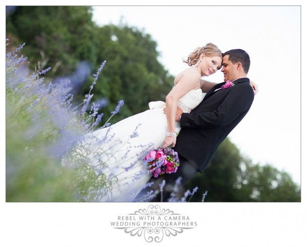 country wedding photos at texas old town tejas hall