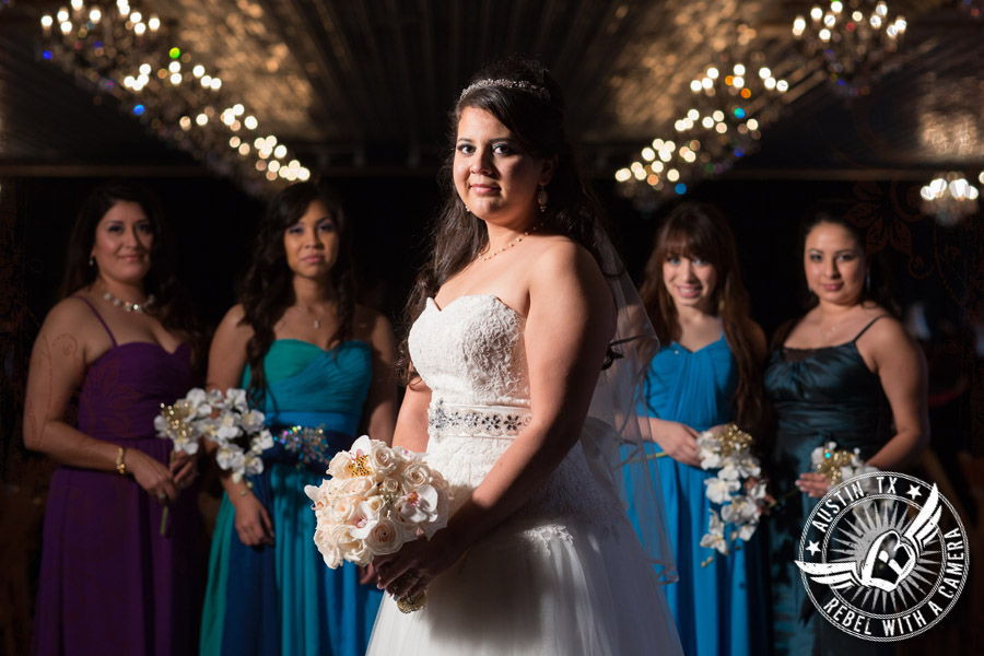 beautiful wedding pictures at the creekside driftwood texas