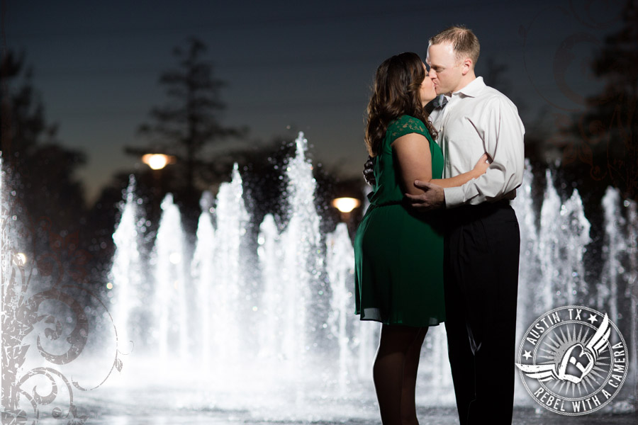 fabulous engagment portraits at the long center