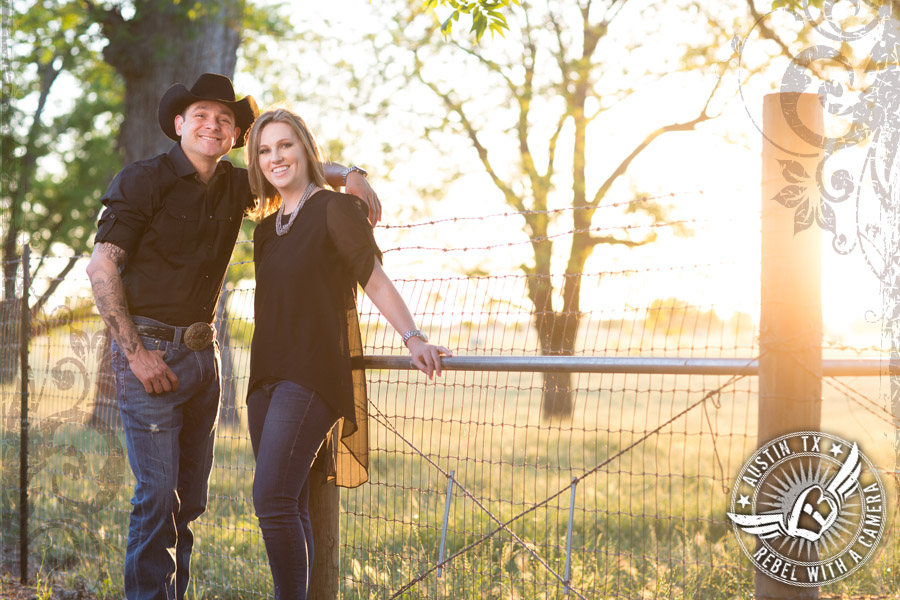 rustic country georgetown texas engagement session