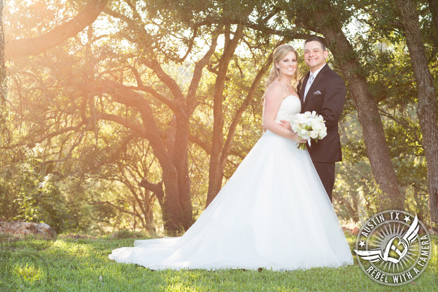 Rustic Glam wedding pictures at Gabriel Springs Event Center in Georgetown, Texas