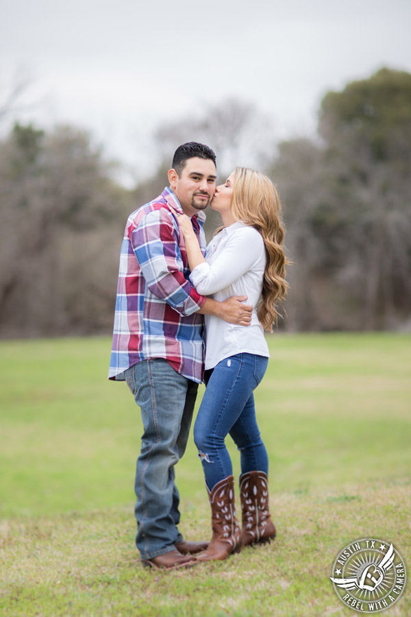 Rustic engagement portraits in Round Rock, Texas