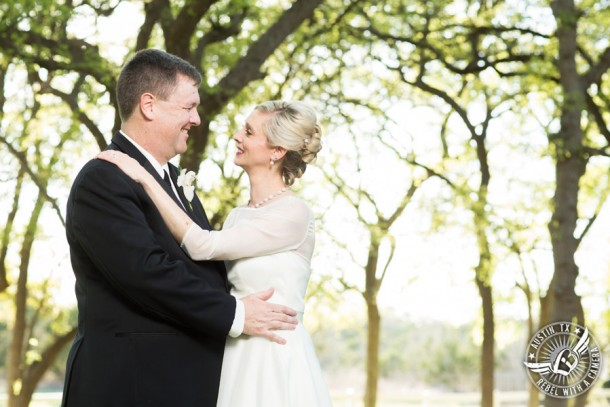 Elegant pictures of a wedding at Angel Springs in Georgetown, Texas