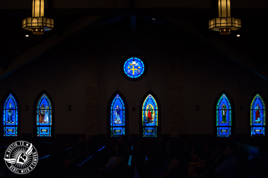 Pictures of a beautiful wedding at St. Elizabeth Catholic Church in Pflugerville, Texas