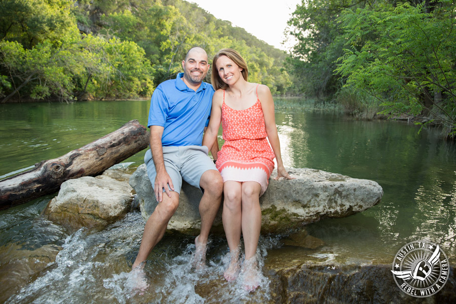Outdoor engagement portraits in Austin