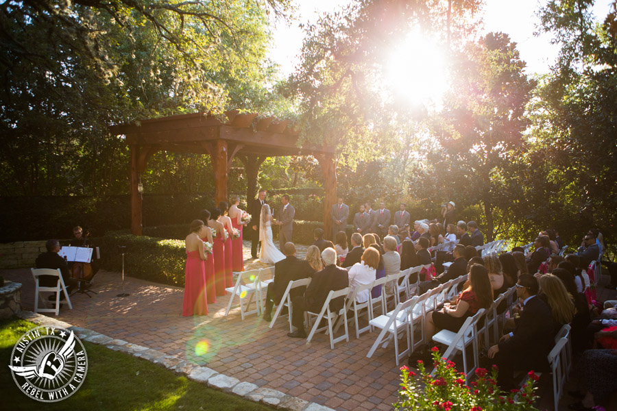How to choose a wedding photographer in Austin, Texas