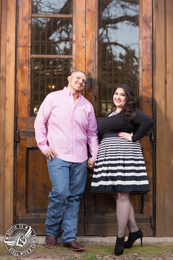 Engagement portraits at Kindred Oaks