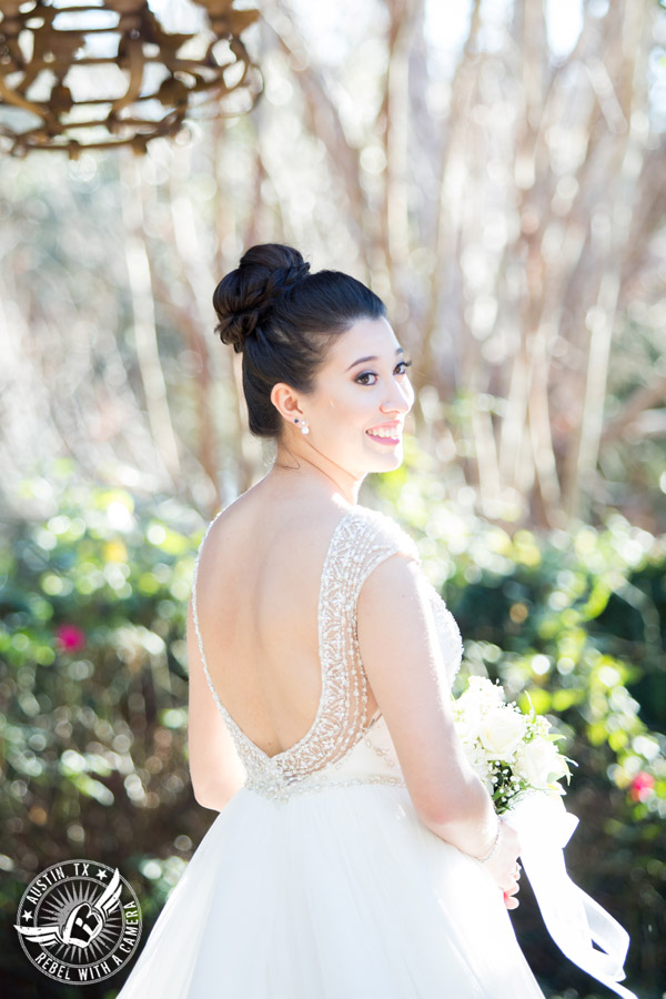 Beautiful wedding pictures on Lake Travis - bride in Maggie Sottero wedding gown - hair and makeup from lola beauty
