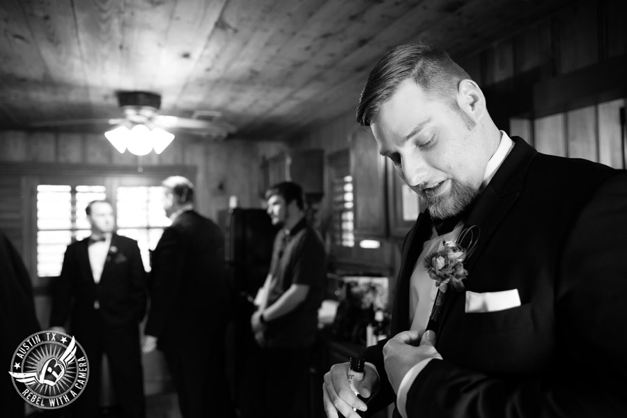 Lake Travis wedding pictures in Austin, Texas - Nature's Point - groom and groomsmen getting ready in groom's cottage