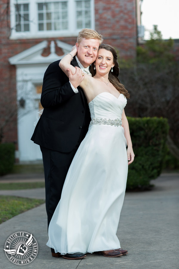 Winter Wedding Photos at the Texas Federation of Women's Clubs Mansion