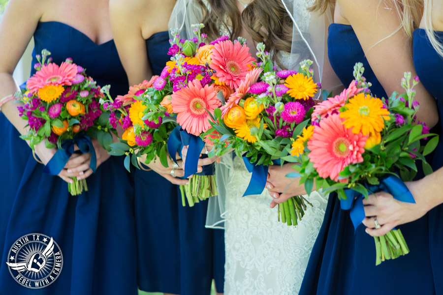 colorful-wedding-photos-at-natures-point-on-lake-travis-15