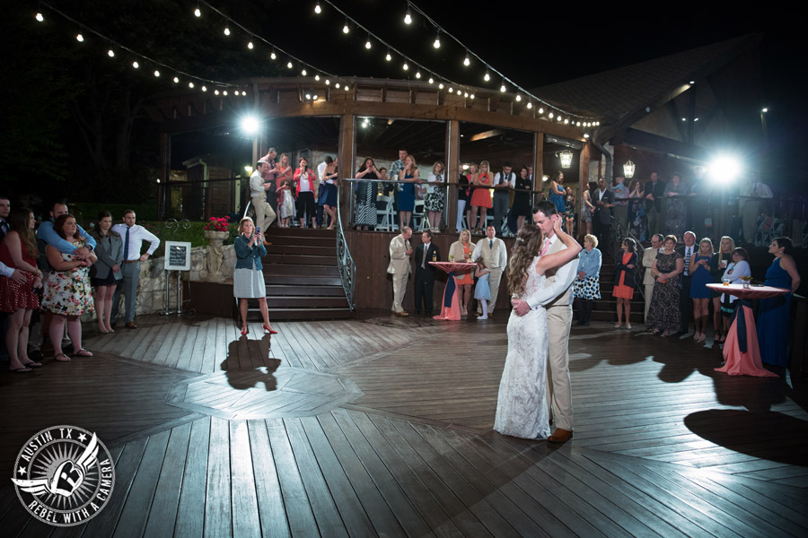 colorful-wedding-photos-at-natures-point-on-lake-travis-51