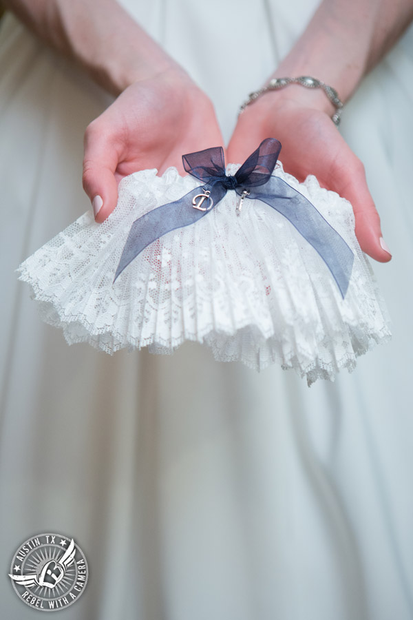 Elegant Casa Blanca on Brushy Creek wedding photos - garter