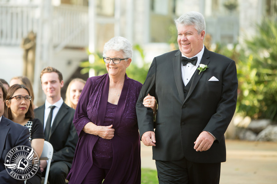 Elegant Casa Blanca on Brushy Creek wedding photos - grandma and grandpa walk to wedding ceremony in processional