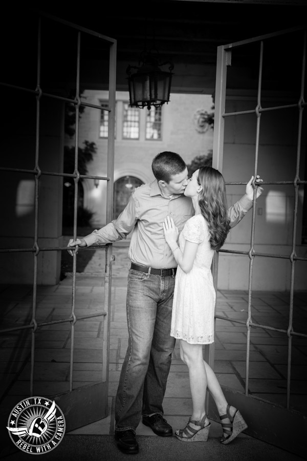 longhorn engagement session on the ut campus danielle and