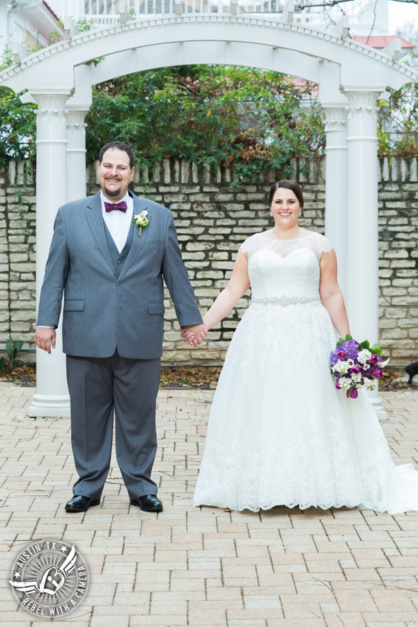 Fun wedding pictures at the Texas Federation of Women's Clubs Mansion - bride and groom - Vain Salon - Nicole Schultz Make-Up - Freytag's Florist - Belle Saison Bridal Salon