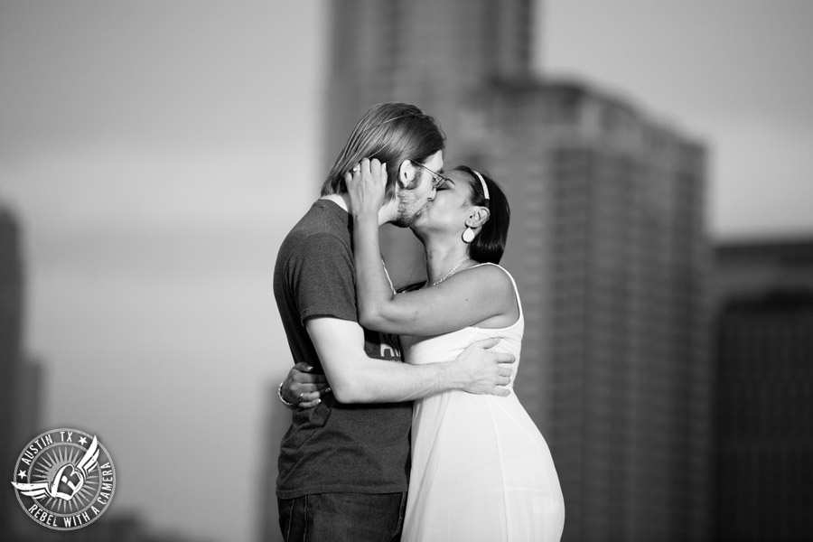 fun-butler-park-engagement-session-in-austin (14)