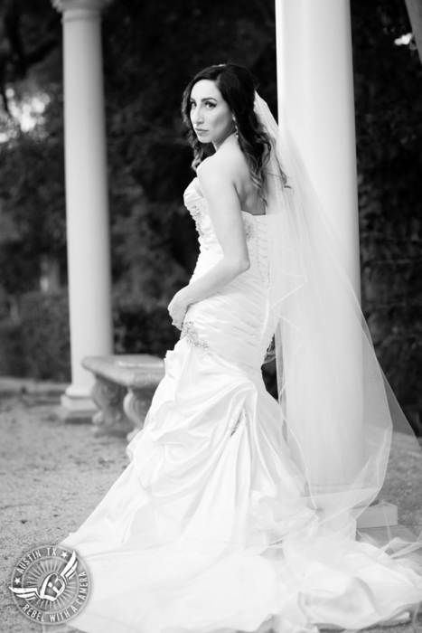 dramatic-laguna-gloria-bridal-portraits (16)